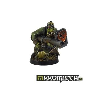 Kromlech   Orc Model Kits Orc Greatcoat with Panzerschreck - KRM034 - 5902216111578