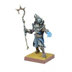 Mantic Kings of War  Empire of Dust Empire of Dust High Priest (or Ahmunite Pharoah) - MGKWT201 - 5060469660240