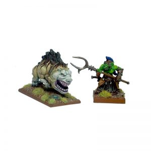 Mantic Kings of War  Orcs Goblin Handler and Mawbeast (Magwa & Joo's) - MGKWO73-1 - 5060208863505