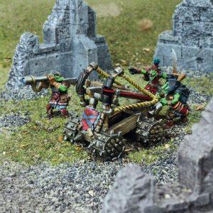 Mantic Kings of War  Orcs Goblin Sharpstick Thrower - MGKWG101 - 5060208868913